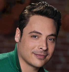 Hire Jeff Mauro Celebrity Chef Speakers Bureau Booking Agent