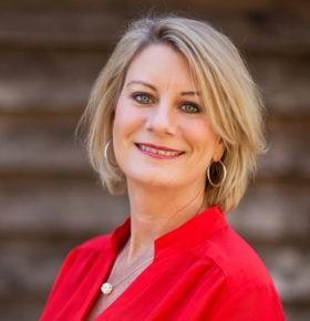 christian speaker lisa robertson