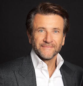 Business Keynote Speaker Robert Herjavec