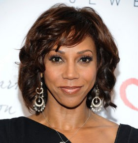Conference Speaker Holly Robinson Peete