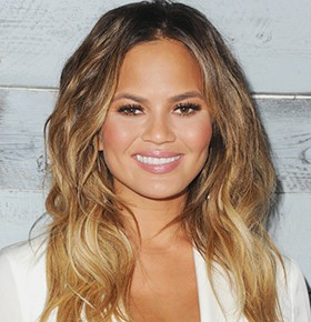 hire chrissy teigen, chrissy teigen bookings, chrissy teigen agent, celebrity speaker chrissy teigen